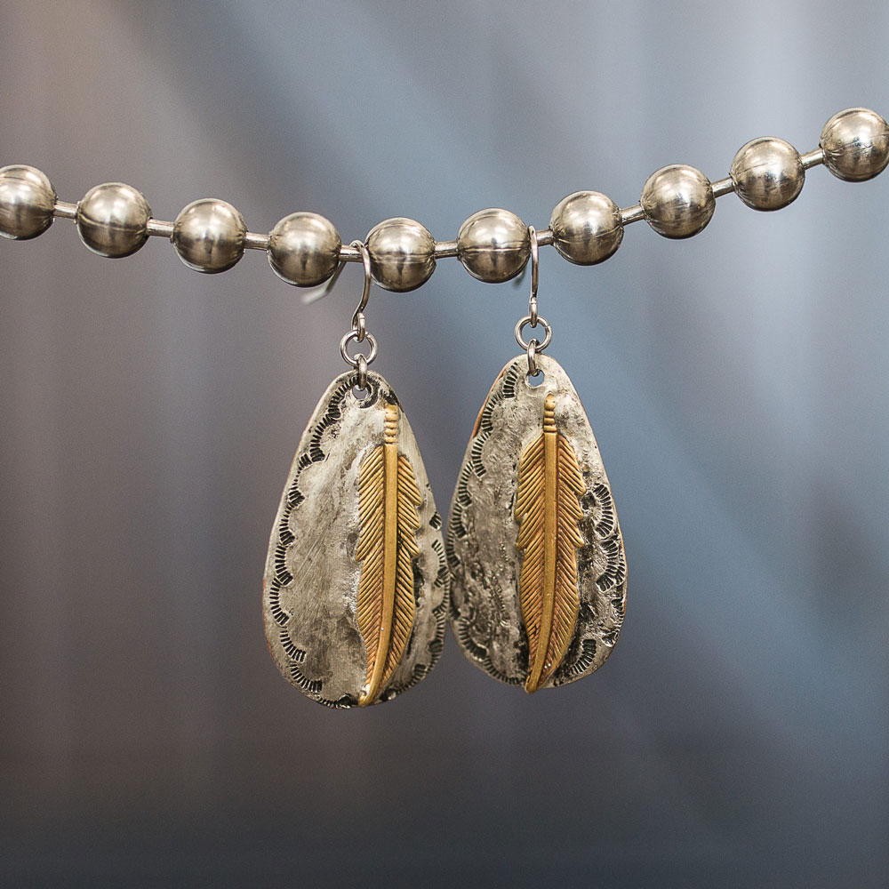 Earring image that links to earring shop